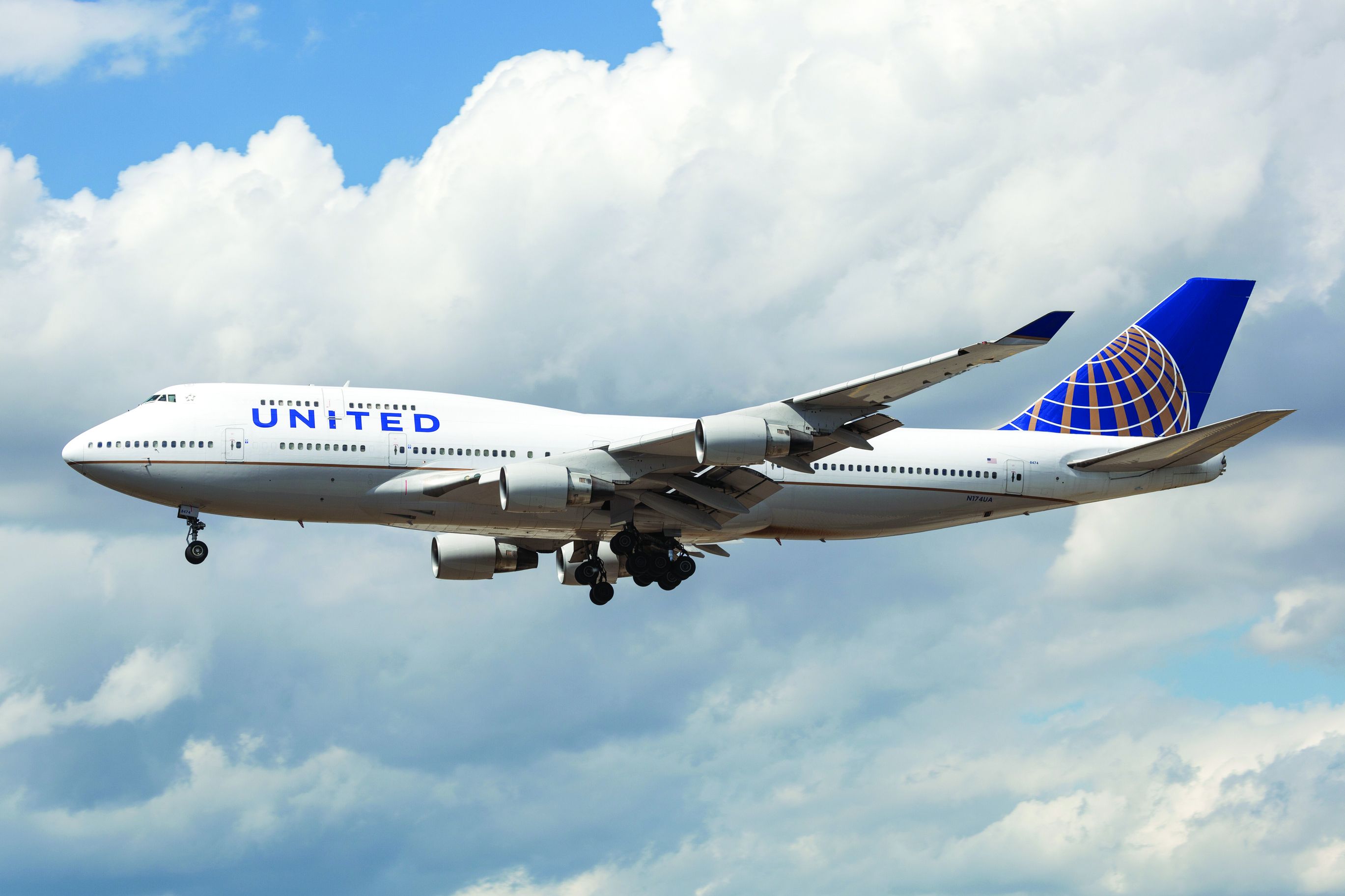 united airlines contact number india