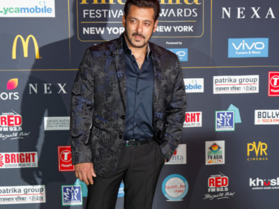 Salman Khan at IIFA Green Carpet. Photo: Peter Ferriera