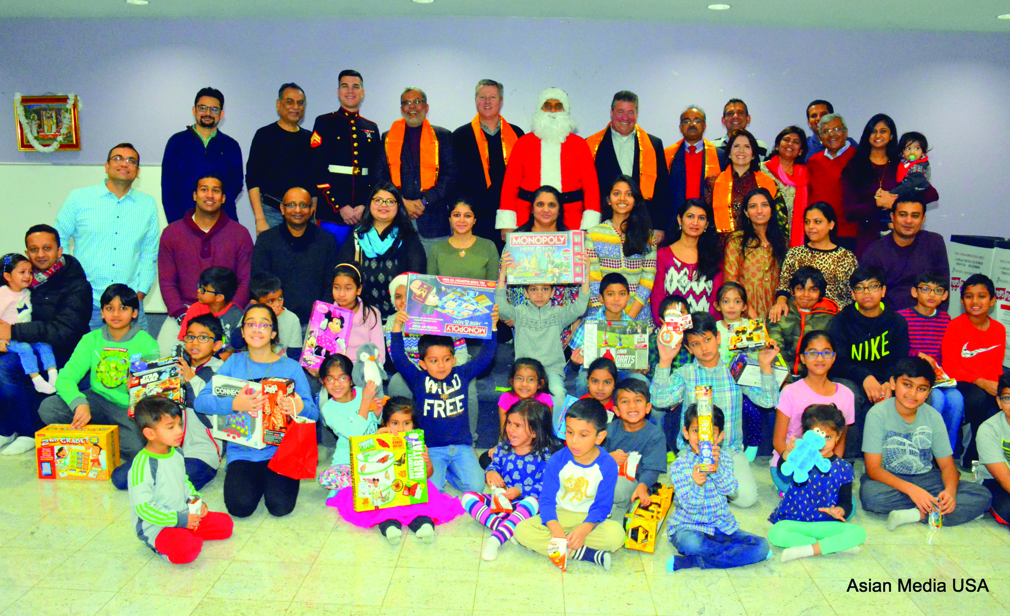 2017 Chicago Toys For Tots : Vaishnavs hold toys for tots event in chicago