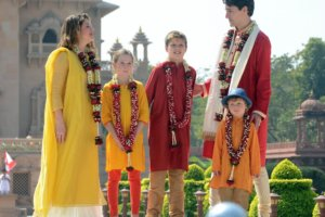 Gandhinagar: Canadian Prime Minister Justin Trudeau and his family dressed in traditional attire, visit the Akshardham Temple in Gandhinagar on Feb 19, 2018. (Photo: IANS)