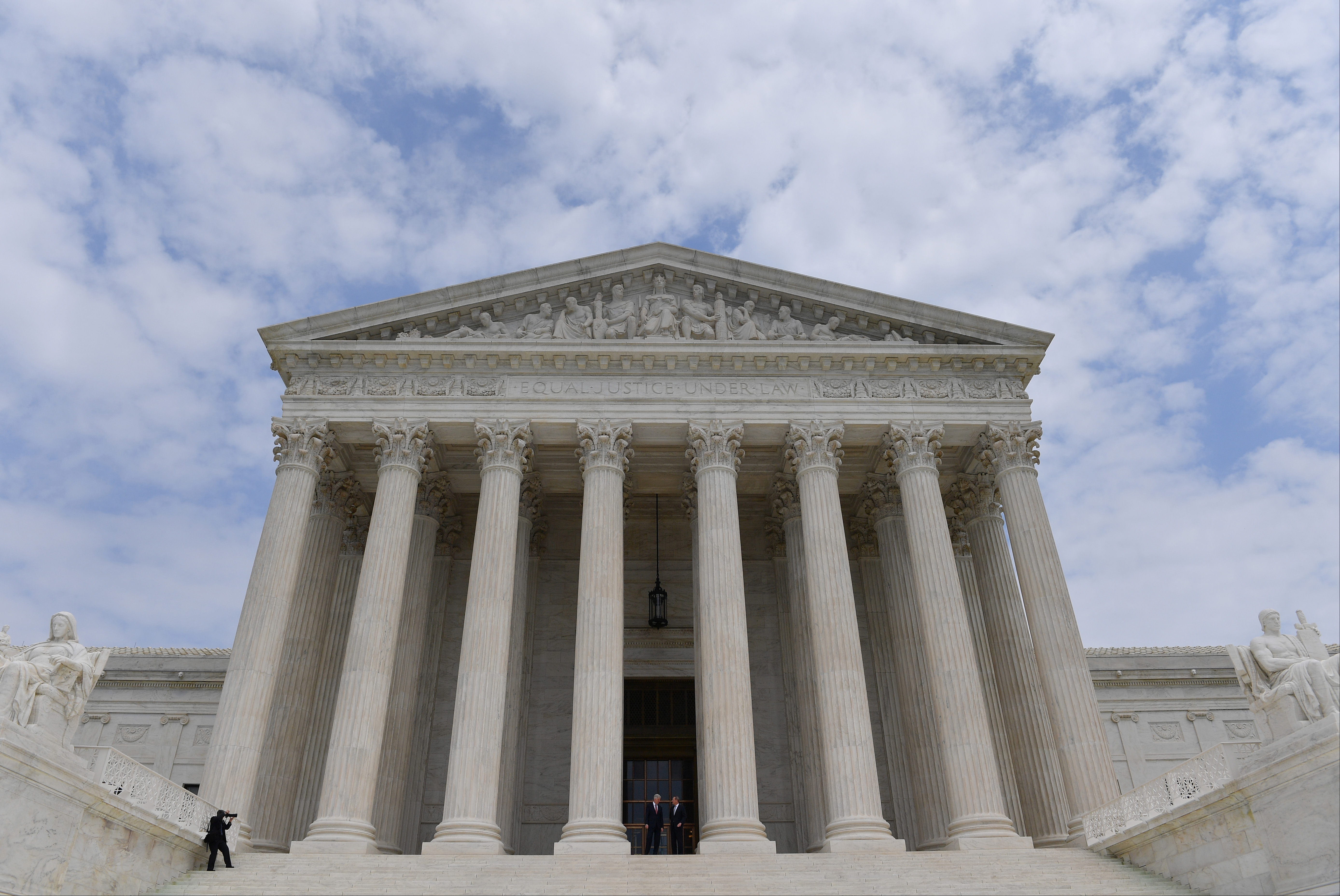SCOTUS Gives Trump Admin the Green Light on Limiting Green Cards