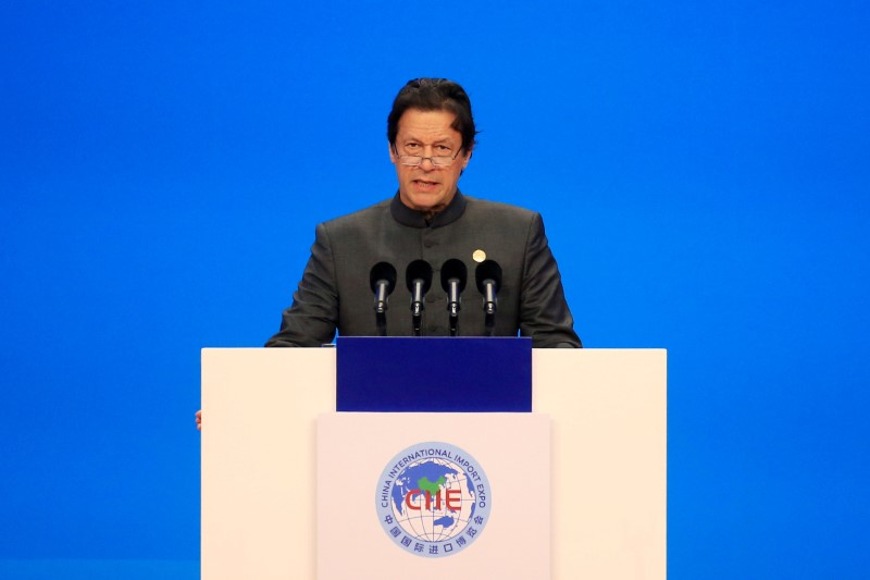 Pakistan PM sees better chance of peace talks with India if