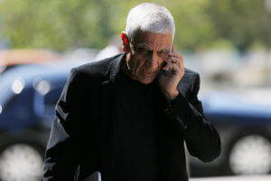 Venture capitalist Vinod Khosla arrives at San Mateo County Superior Court in Redwood City, California, May 12, 2014. REUTERS/Stephen Lam/Files