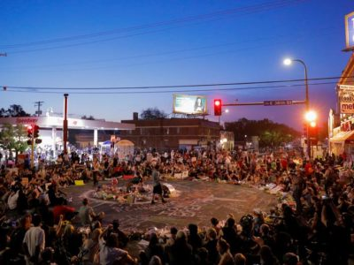 People gather at a memorial for George Floyd that has been created at the place where he was taken into police custody and later pronounced dead in Minneapolis, Minnesota, June 1, 2020.(Photo: Reuters Lucas Jackson)